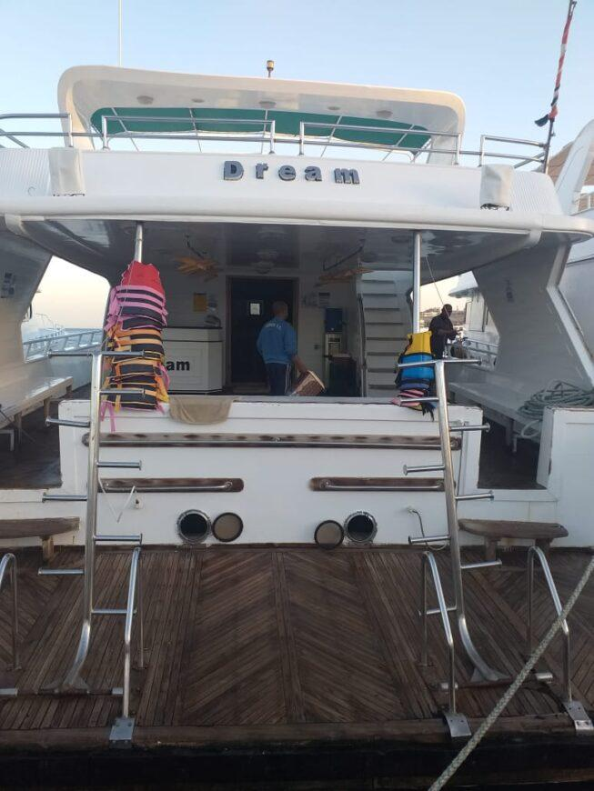 orange island snorkeling and diving trip with a private boat