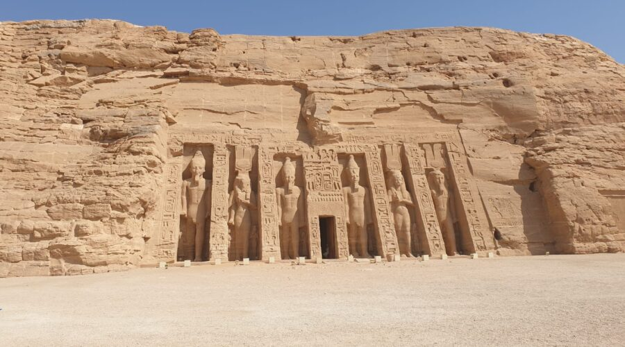 Luxor and Abu Simble 2 days from Hurghada